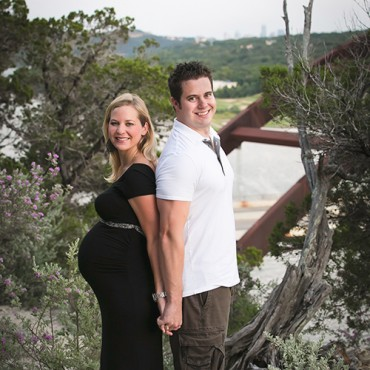 Savvy Images Custom Maternity Photos Featured