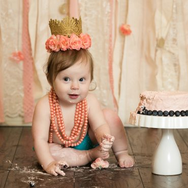 Savvy Images Cake Smash One Year Baby Photos in Houston