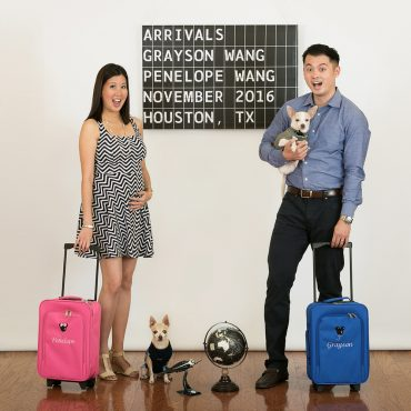 Savvy Images - Traveling Twins Pregnancy Announcement Session